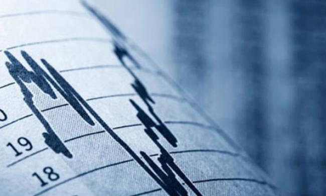 Βυθισμένη η ελληνική οικονομία σε κατάσταση διαλυτικής στασιμότητας