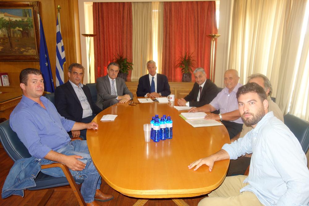 Συνάντηση Αθανασίου και φορέων με τον Υπουργό Αγροτικής Ανάπτυξης και Τροφίμων